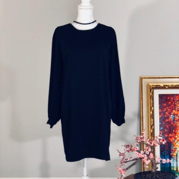 Dresses & Skirts - Black Mini Dress
